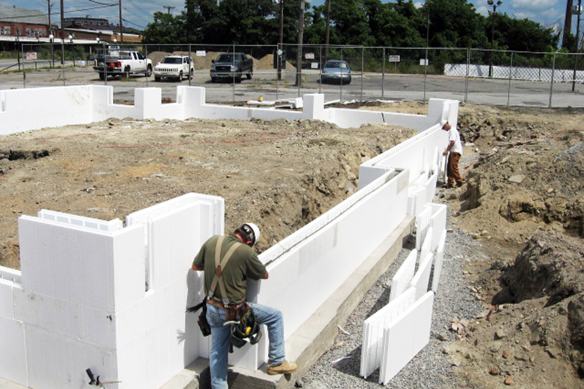 Installing the insulated concrete formwork walls